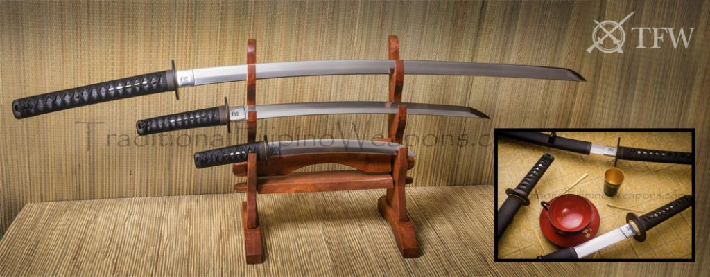 tfw-highest-best-authentic-live-blade-quality-very-sharp-samurai-sword-set-with-stand-slide-1